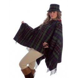 Poncho Cuadros Escoceses