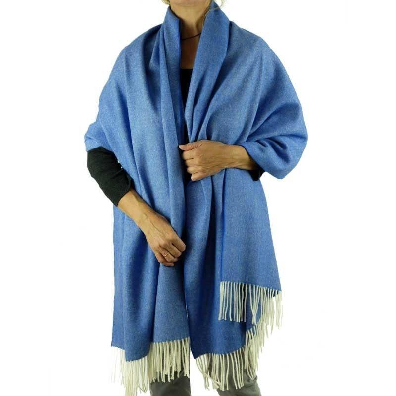 blue stole